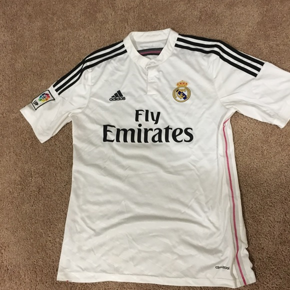 timeless design fb30a 45738 2014-15 JAMES RODRIGUEZ Real Madrid jersey